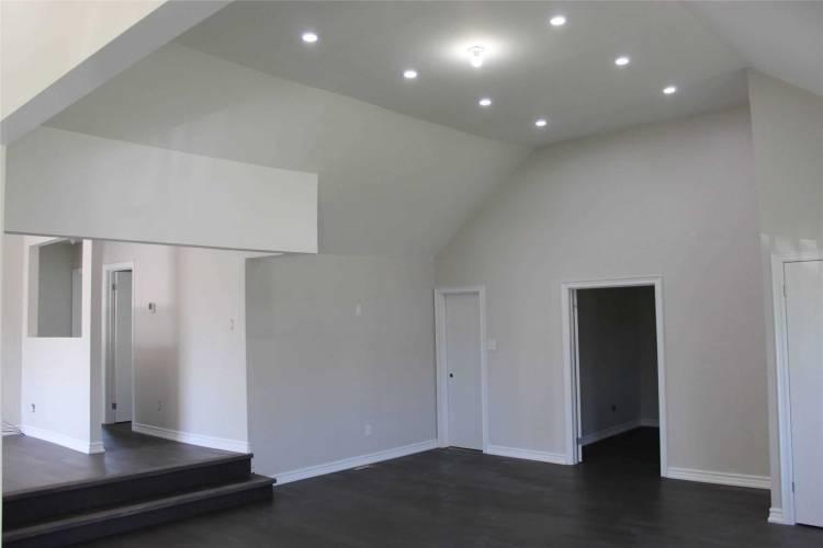 314 Kenwood Ave- Georgina- Ontario L4P2X5, 3 Bedrooms Bedrooms, 8 Rooms Rooms,1 BathroomBathrooms,Detached,Sale,Kenwood,N4743650