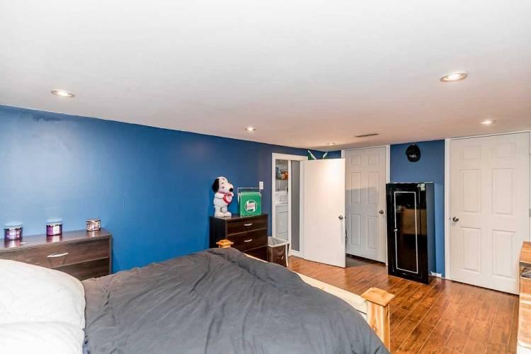 52 Newbury Dr, Newmarket, Ontario L3Y4R2, 3 Bedrooms Bedrooms, 6 Rooms Rooms,2 BathroomsBathrooms,Semi-detached,Sale,Newbury,N4812527