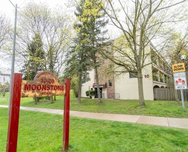 10 Moonstone Bywy, Toronto, Ontario M2H3J3, 3 Bedrooms Bedrooms, 6 Rooms Rooms,2 BathroomsBathrooms,Condo Townhouse,Sale,Moonstone,C4798701