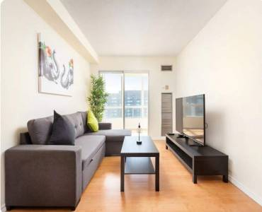 115 Hillcrest Ave- Mississauga- Ontario L5B3Y9, 2 Bedrooms Bedrooms, 6 Rooms Rooms,2 BathroomsBathrooms,Condo Apt,Sale,Hillcrest,W4812894
