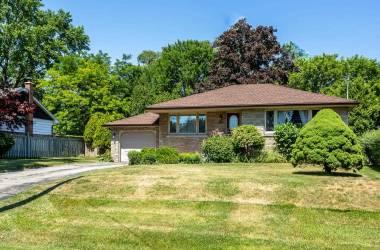 1056 Shepherds Dr- Burlington- Ontario L7T3R3, 2 Bedrooms Bedrooms, 5 Rooms Rooms,2 BathroomsBathrooms,Detached,Sale,Shepherds,W4813034
