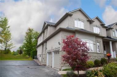 100 Stonecliffe Cres, Aurora, Ontario L4G7Z6, 3 Bedrooms Bedrooms, 6 Rooms Rooms,4 BathroomsBathrooms,Condo Townhouse,Sale,Stonecliffe,N4735457