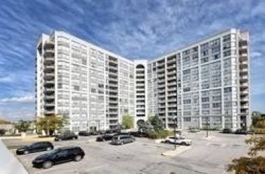 9017 Leslie St, Richmond Hill, Ontario L4B4R8, 3 Bedrooms Bedrooms, 6 Rooms Rooms,4 BathroomsBathrooms,Condo Apt,Sale,Leslie,N4813063