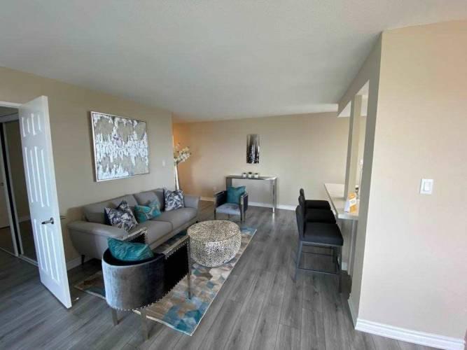 30 Malta Ave, Brampton, Ontario L6Y4W6, 3 Bedrooms Bedrooms, 8 Rooms Rooms,2 BathroomsBathrooms,Condo Apt,Sale,Malta,W4782728
