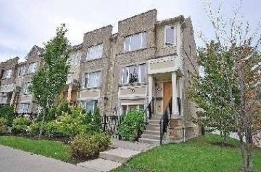 4965 Southampton Dr- Mississauga- Ontario L5M8C8, 3 Bedrooms Bedrooms, 6 Rooms Rooms,3 BathroomsBathrooms,Condo Townhouse,Lease,Southampton,W4784238