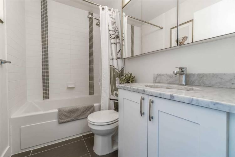 4065 Brickstone Mews- Mississauga- Ontario L5B 0G3, 1 Bedroom Bedrooms, 5 Rooms Rooms,1 BathroomBathrooms,Condo Apt,Sale,Brickstone,W4813133