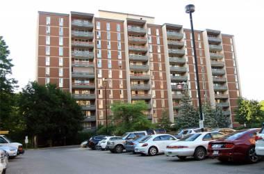 1968 Main St- Hamilton- Ontario L8S 1J7, 3 Bedrooms Bedrooms, 7 Rooms Rooms,2 BathroomsBathrooms,Condo Apt,Sale,Main,X4813135