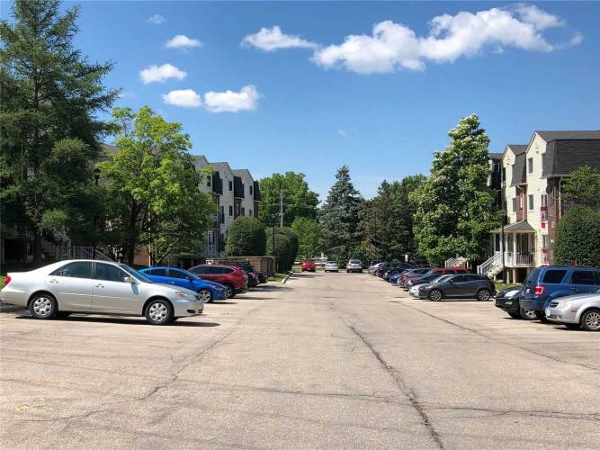 460 Janefield Ave, Guelph, Ontario N1G 4R8, 2 Bedrooms Bedrooms, 6 Rooms Rooms,2 BathroomsBathrooms,Condo Townhouse,Sale,Janefield,X4813182