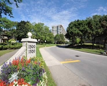 1320 Mississauga Valley Blvd- Mississauga- Ontario L5A3S8, 2 Bedrooms Bedrooms, 6 Rooms Rooms,2 BathroomsBathrooms,Condo Apt,Sale,Mississauga Valley,W4757227