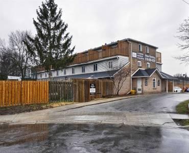 67 Valleyview Rd, Kitchener, Ontario N2E 3J1, 2 Bedrooms Bedrooms, 4 Rooms Rooms,1 BathroomBathrooms,Condo Townhouse,Sale,Valleyview,X4777093